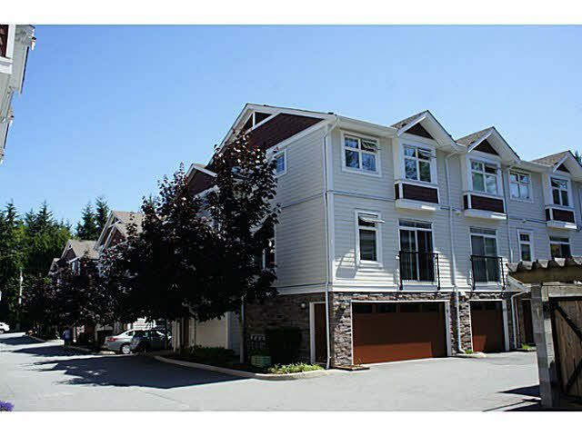 Main Photo: 9 2689 PARKWAY Drive in Surrey: King George Corridor Townhouse for sale (South Surrey White Rock)  : MLS®# F1451386