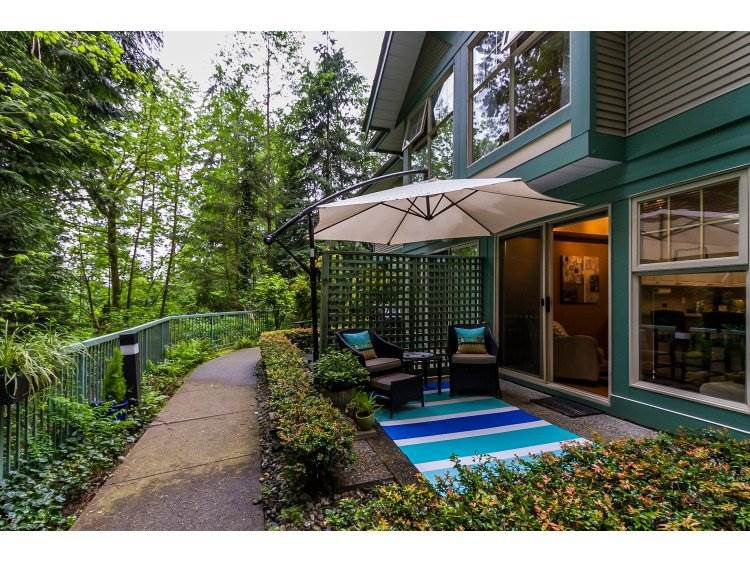 "Main Photo: 2 65 FOXWOOD Drive in Port Moody: Heritage Mountain Townhouse for sale in ""FOREST HILL"" : MLS®# R2060866"