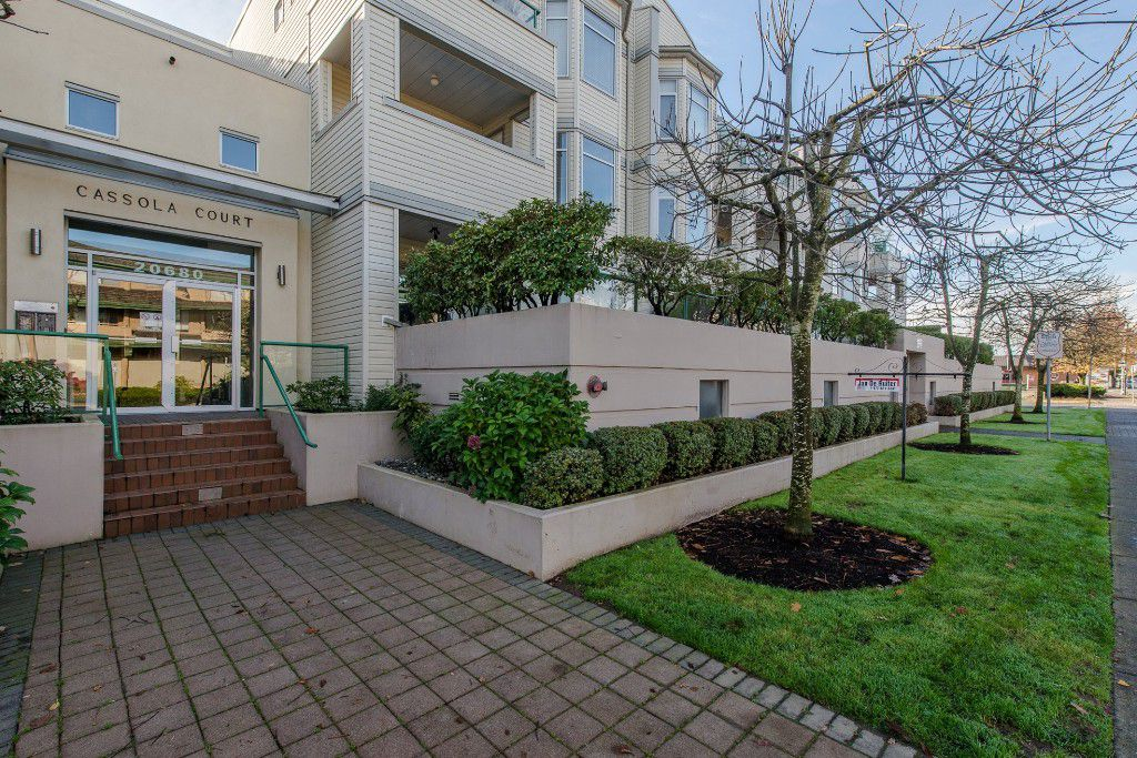 Welcome to #315 - 20680 56 Avenue, Langley, BC at Cassola Court!