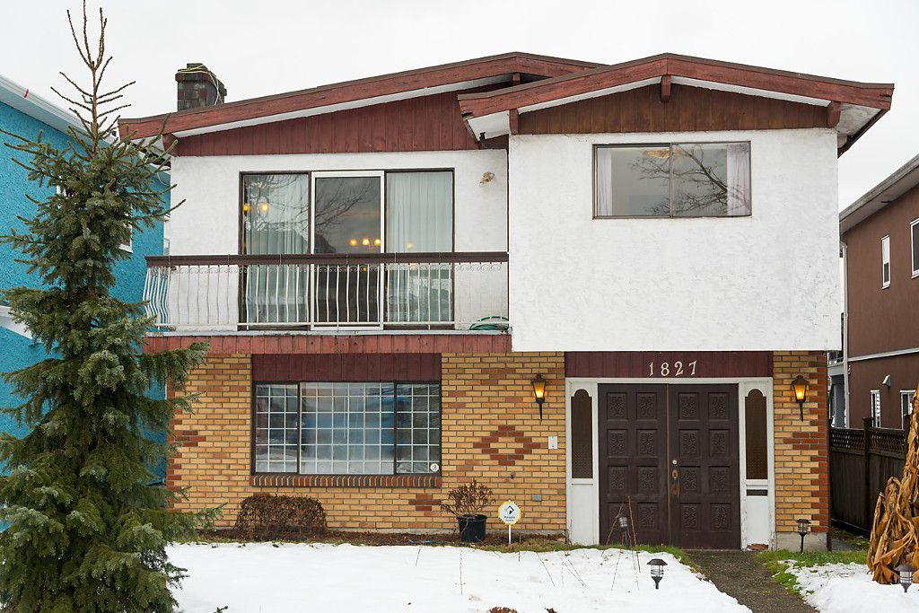 """Main Photo: 1827 E 40TH Avenue in Vancouver: Victoria VE House for sale in """"KENSINGSTON/CEDAR COTTAGE"""" (Vancouver East)  : MLS®# R2130666"""