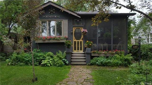 Main Photo: 117 Renfrew Street in Winnipeg: River Heights Residential for sale (1C)  : MLS®# 1716486