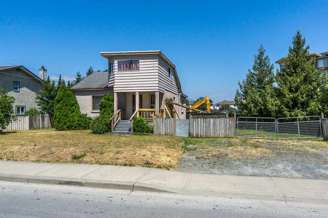 Main Photo: 45723 KEITH WILSON Road in Sardis: Vedder S Watson-Promontory House for sale : MLS®# R2193657