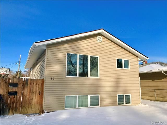 Main Photo: 12 Alexandria Avenue in Dauphin: Residential for sale (R30 - Dauphin and Area)  : MLS®# 1730997