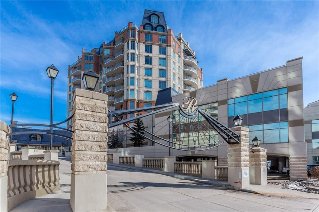 Main Photo: 709 1718 14 Avenue NW in Calgary: Hounsfield Heights/Briar Hill Condo for sale : MLS®# C4189292