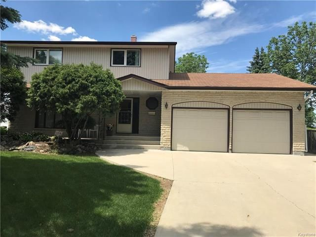 Main Photo: 35 Green Valley Bay in Winnipeg: Valley Gardens Residential for sale (3E)  : MLS®# 1815894