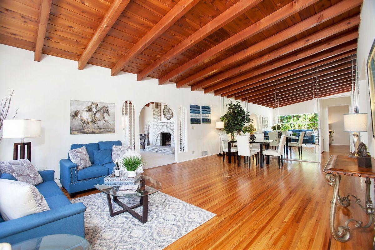 Main Photo: EL CAJON House for sale : 4 bedrooms : 156 S Westwind Dr