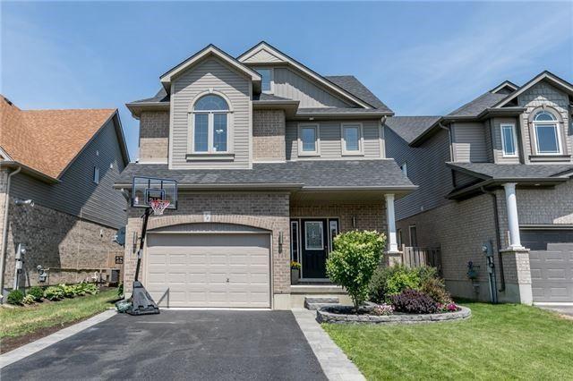 Main Photo: 54 Stevenson Street in Essa: Angus House (2-Storey) for sale : MLS®# N4240310
