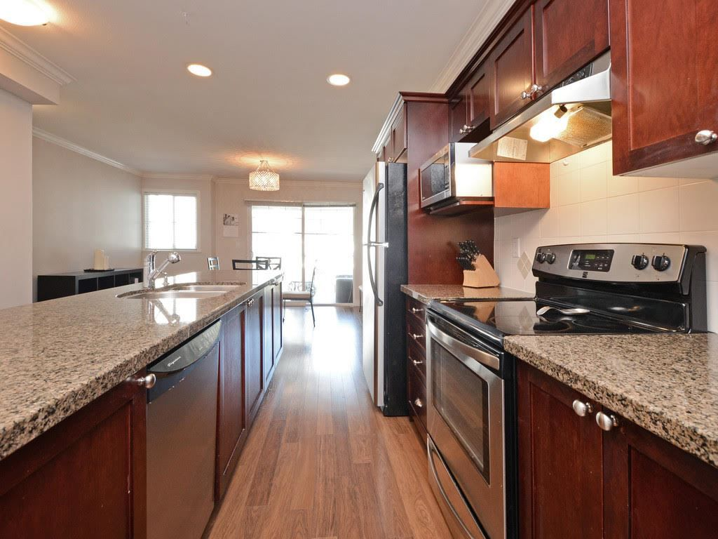 """Main Photo: 40 6568 193B Street in Surrey: Clayton Townhouse for sale in """"BELMONT"""" (Cloverdale)  : MLS®# R2322052"""