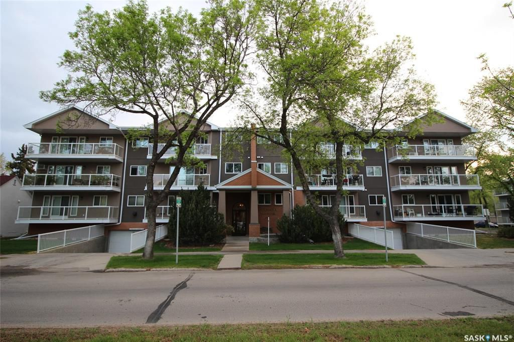 Main Photo: 207 921 Main Street in Saskatoon: Nutana Residential for sale : MLS®# SK755995