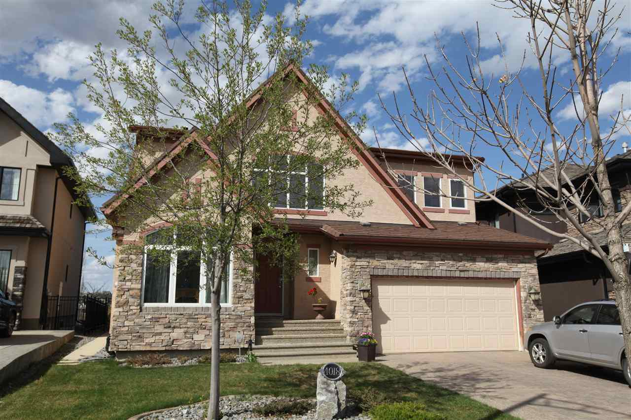 Main Photo: 4018 Macttaggart Drive NW in Edmonton: Zone 14 House for sale : MLS®# E4147101