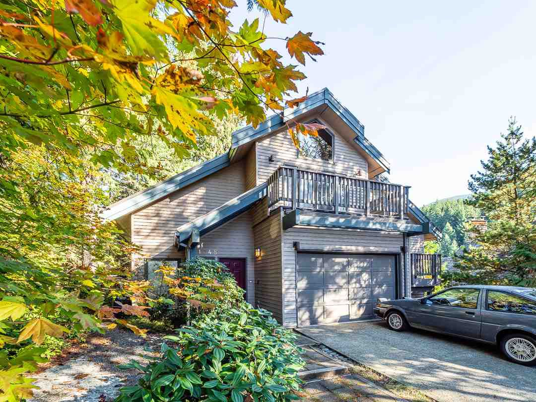 Main Photo: 1048 TOBERMORY Way in Squamish: Garibaldi Highlands House for sale : MLS®# R2364094