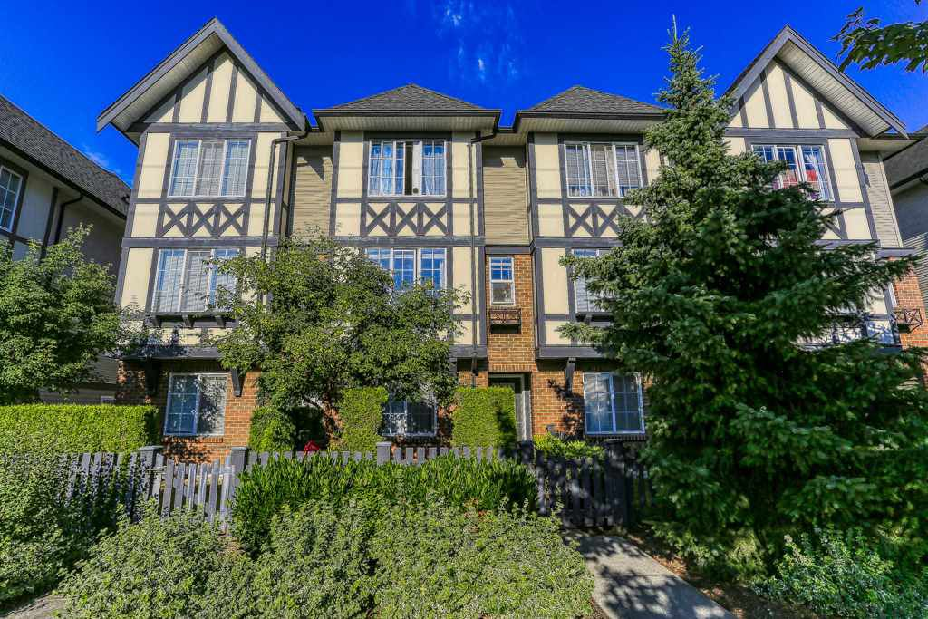 "Main Photo: 79 20875 80 Avenue in Langley: Willoughby Heights Townhouse for sale in ""PEPPERWOOD"" : MLS®# R2383879"