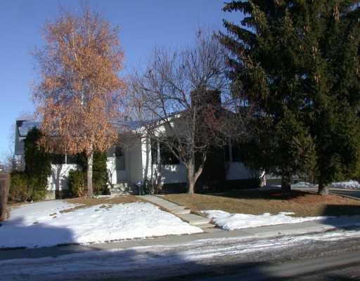 Main Photo:  in CALGARY: Cedarbrae Residential Detached Single Family for sale (Calgary)  : MLS®# C3107365