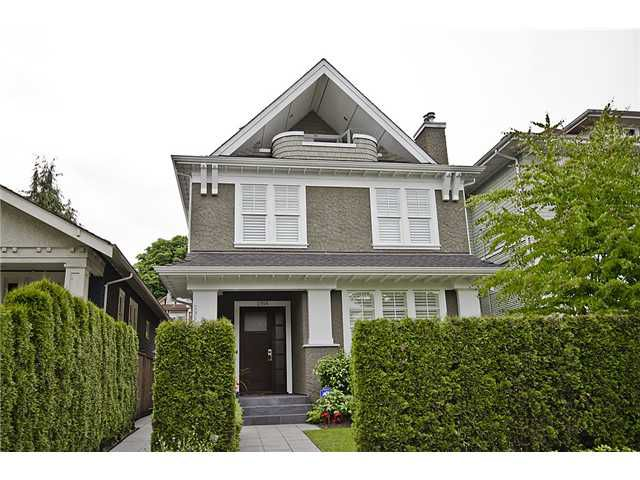 Main Photo: 2956 W 2ND Avenue in Vancouver: Kitsilano House 1/2 Duplex  (Vancouver West)  : MLS®# V897012