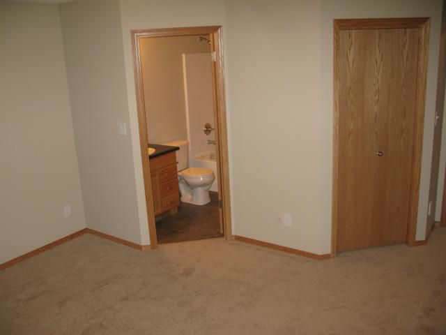 Photo 10: Photos: 16 Bridgewood Drive in WINNIPEG: North Kildonan Single Family Detached for sale (North East Winnipeg)  : MLS®# 1223456