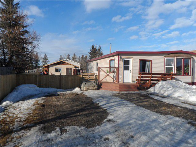 Main Photo: 10564 101ST Street: Taylor Manufactured Home for sale (Fort St. John (Zone 60))  : MLS®# N234148