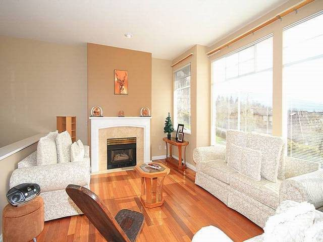 "Main Photo: 20 2979 PANORAMA Drive in Coquitlam: Westwood Plateau Townhouse for sale in ""DEERCREST"" : MLS®# V1058074"