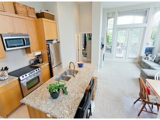 "Main Photo: 110 2970 KING GEORGE Boulevard in Surrey: King George Corridor Condo for sale in ""WATERMARK"" (South Surrey White Rock)  : MLS®# F1409376"