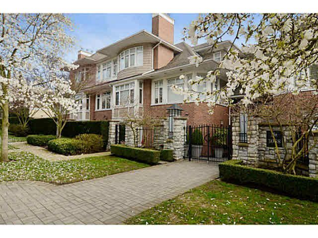 "Main Photo: 302 3088 W 41ST Avenue in Vancouver: Kerrisdale Condo for sale in ""THE LANESBOROUGH"" (Vancouver West)  : MLS®# V1071301"