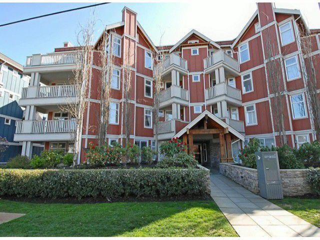 """Main Photo: 404 15368 16A Avenue in Surrey: King George Corridor Condo for sale in """"OCEAN BAY VILLAS"""" (South Surrey White Rock)  : MLS®# F1430161"""