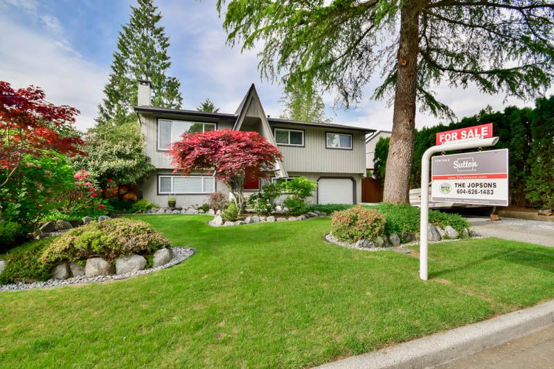 Main Photo: 20801 MCFARLANE Avenue in Maple Ridge: Southwest Maple Ridge House for sale : MLS®# R2065058