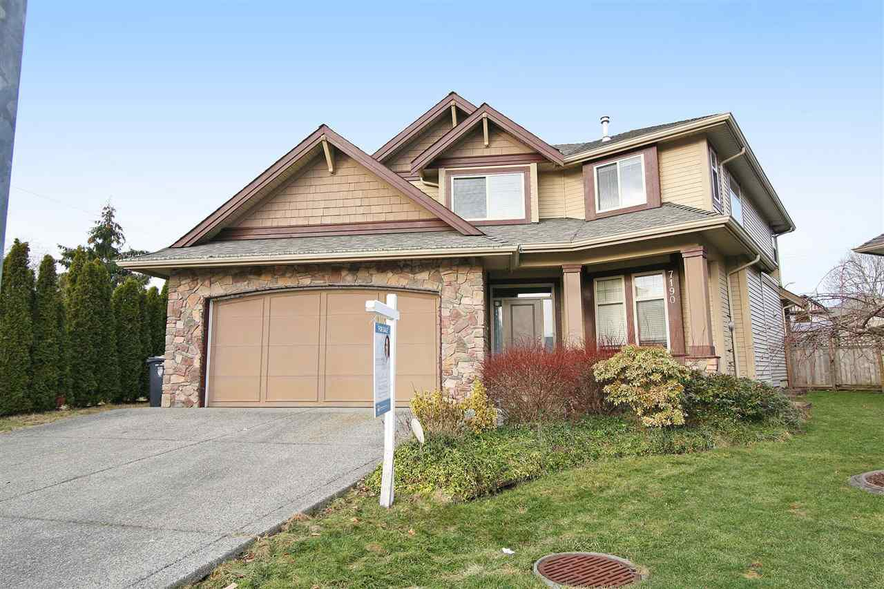 Main Photo: 7190 197B Street in Langley: Willoughby Heights House for sale : MLS®# R2135153