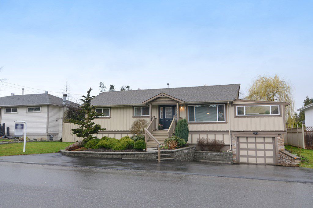 Main Photo: 12097 DUNBAR Street in Maple Ridge: West Central House for sale : MLS®# R2148619