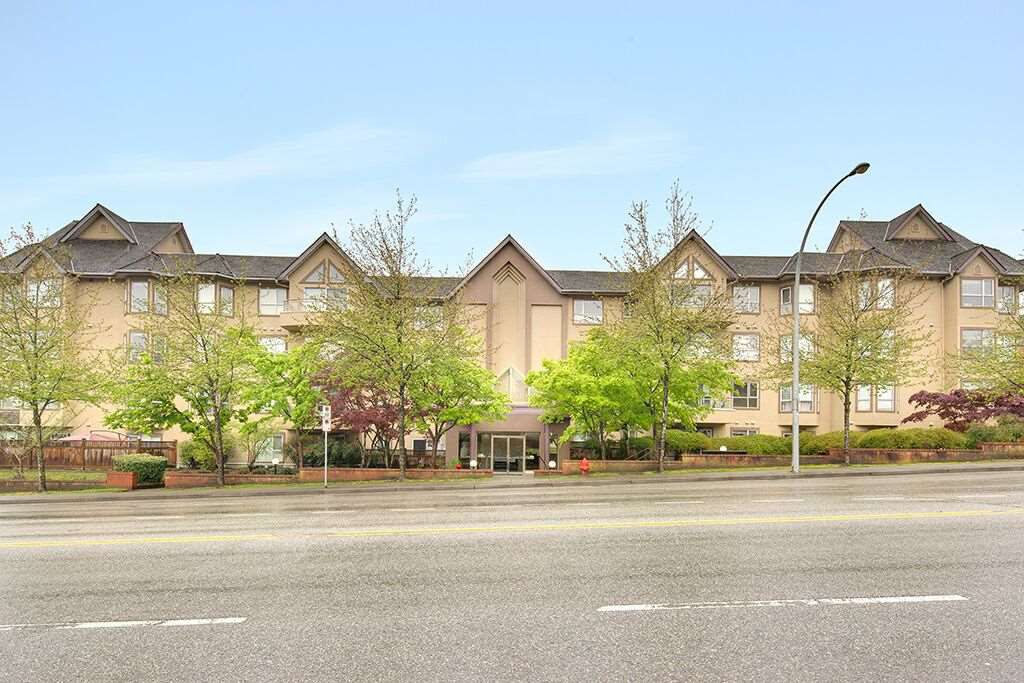 Photo 16: Photos: 209 2285 PITT RIVER ROAD in Port Coquitlam: Central Pt Coquitlam Condo for sale : MLS®# R2163770