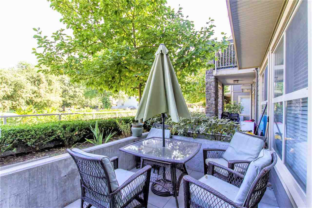 """Main Photo: 106 2110 ROWLAND Street in Port Coquitlam: Central Pt Coquitlam Townhouse for sale in """"AVIVA"""" : MLS®# R2191534"""