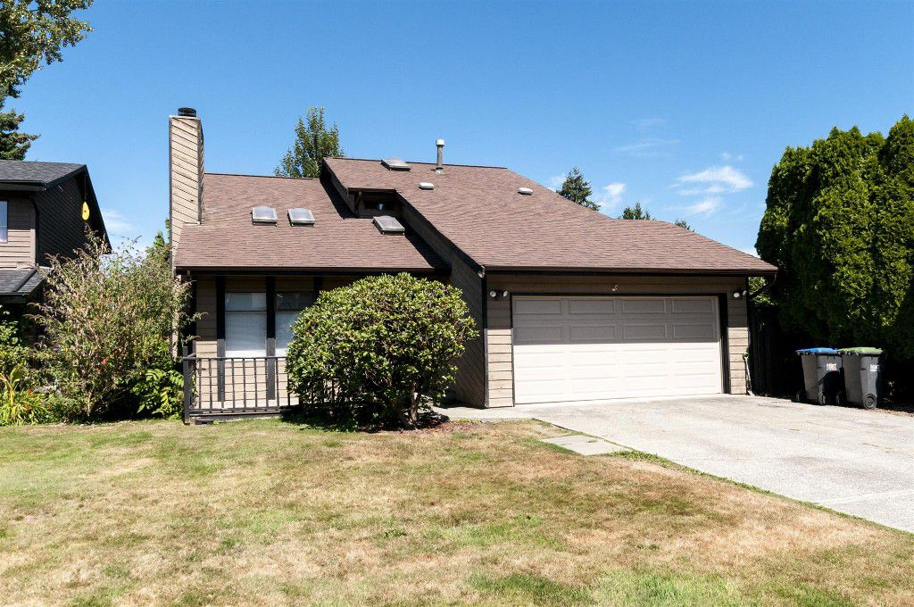 Main Photo: 1901 TYLER Avenue in Port Coquitlam: Lower Mary Hill House for sale : MLS®# R2198963