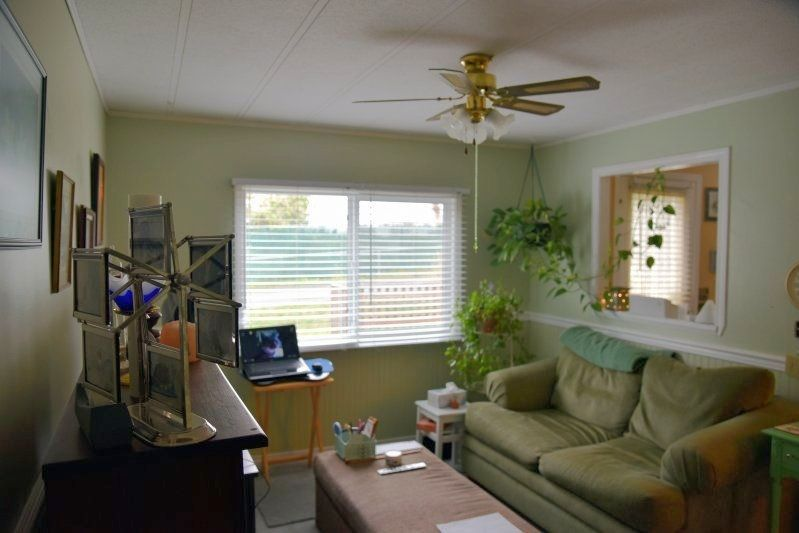 """Photo 5: Photos: 128 10221 WILSON Street in Mission: Stave Falls Manufactured Home for sale in """"TRIPLE CREEK ESTATES"""" : MLS®# R2235587"""