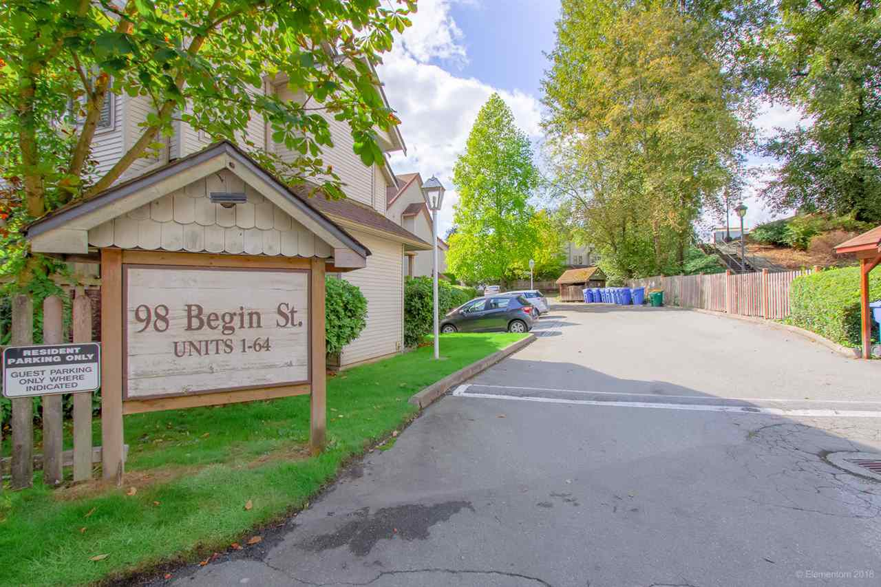 "Main Photo: 18 98 BEGIN Street in Coquitlam: Maillardville Townhouse for sale in ""LE PARC"" : MLS®# R2329329"