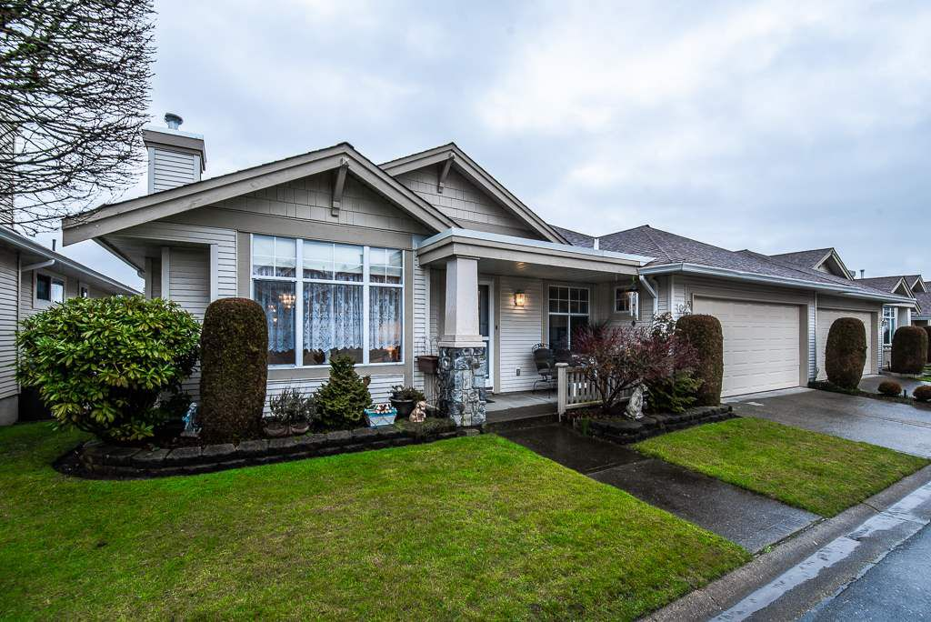 "Main Photo: 51 20751 87 Avenue in Langley: Walnut Grove Townhouse for sale in ""SUMMERFIELD"" : MLS®# R2338218"