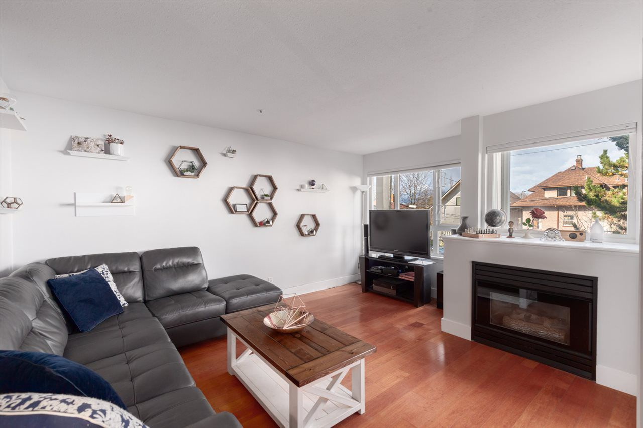 Main Photo: 303 1623 E 2ND Avenue in Vancouver: Grandview VE Condo for sale (Vancouver East)  : MLS®# R2347447