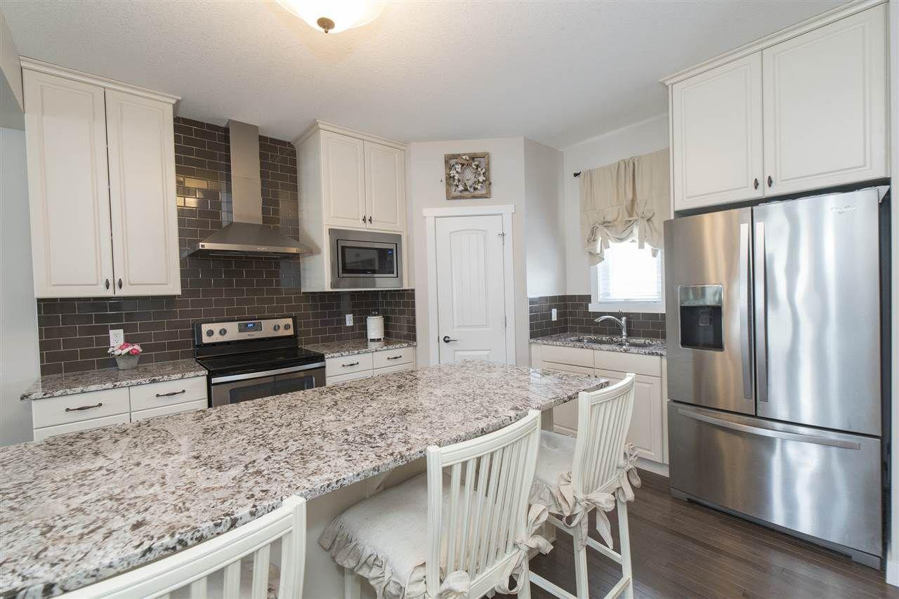 Photo 9: Photos: 1523 167 Street in Edmonton: Zone 56 House for sale : MLS®# E4154346