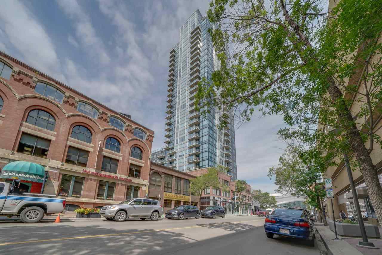 Main Photo: 1507 10238 103 Street in Edmonton: Zone 12 Condo for sale : MLS®# E4163656