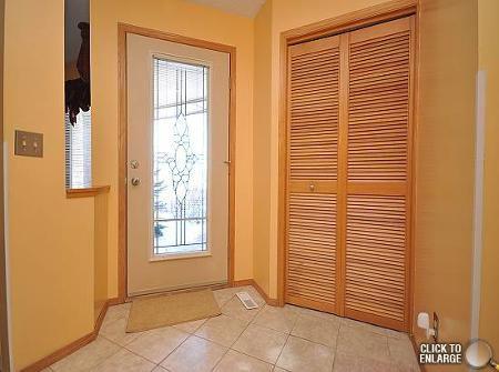 Photo 3: Photos: 6 HARRADENCE CL in Winnipeg: Residential for sale (Whyte Ridge)  : MLS®# 1104846