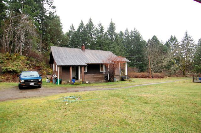 Photo 3: Photos: 2024 STEWART ROAD in NANOOSE BAY: House for sale : MLS®# 352119