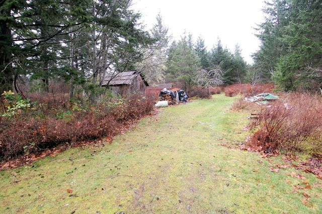Photo 11: Photos: 2024 STEWART ROAD in NANOOSE BAY: House for sale : MLS®# 352119