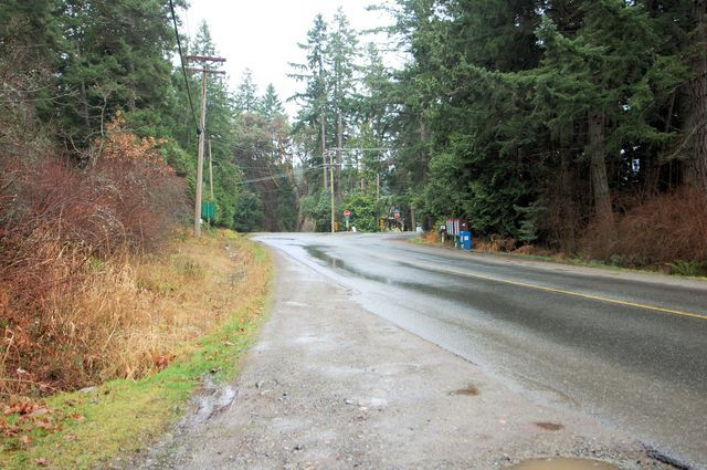 Photo 6: Photos: 2024 STEWART ROAD in NANOOSE BAY: House for sale : MLS®# 352119