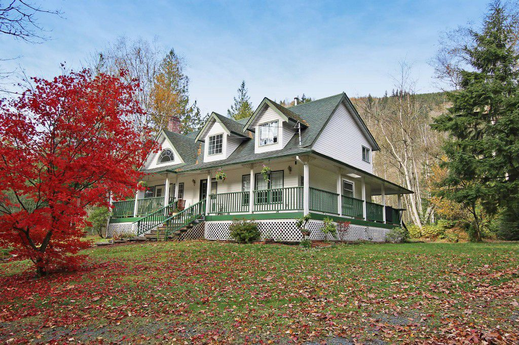 "Main Photo: 1159 IVERSON Road: Columbia Valley House for sale in ""COLUMBIA VALLEY"" (Cultus Lake)  : MLS®# H1403749"
