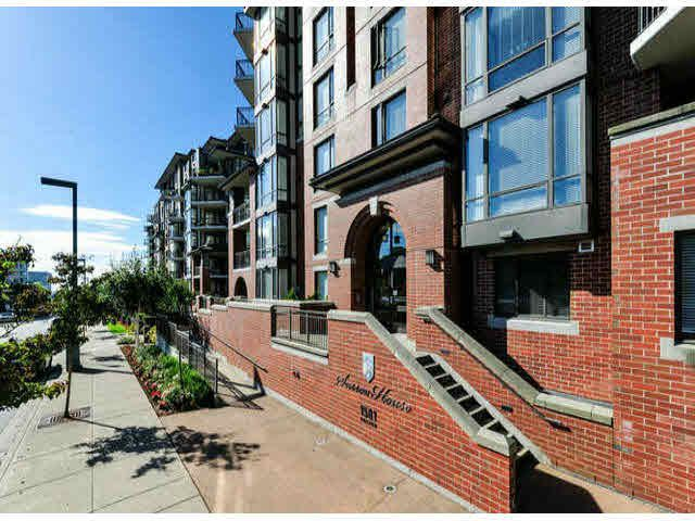 "Main Photo: 503 1581 FOSTER Street: White Rock Condo for sale in ""SUSSEX HOUSE"" (South Surrey White Rock)  : MLS®# F1423430"