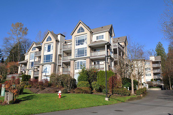 "Main Photo: 308 22233 RIVER Road in Maple Ridge: West Central Condo for sale in ""RIVER GARDENS"" : MLS®# R2014734"