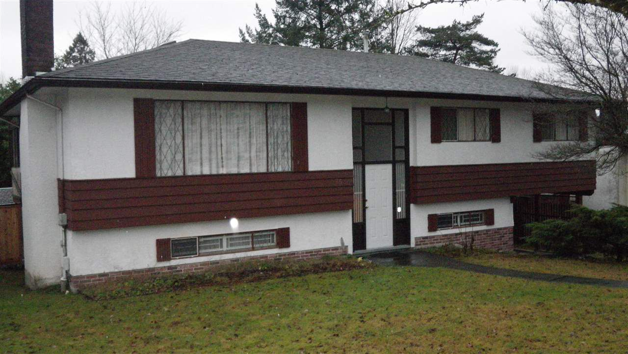 """Main Photo: 7530 LAWRENCE Drive in Burnaby: Montecito House for sale in """"MONTECITO"""" (Burnaby North)  : MLS®# R2021226"""