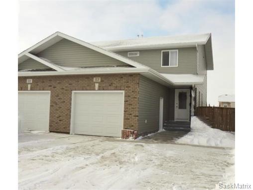 Main Photo: 113 Meadowlark Park: Warman Semi-Detached for sale (Saskatoon NW)  : MLS®# 558737