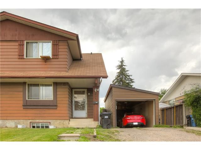 Main Photo: 3893 FONDA Way SE in Calgary: Forest Heights House for sale : MLS®# C4069250
