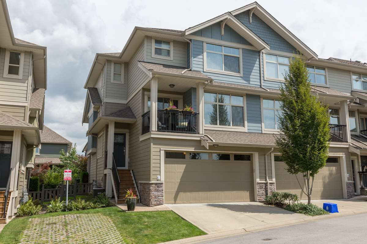"Main Photo: 31 22225 50 Avenue in Langley: Murrayville Townhouse for sale in ""Murrays Landing"" : MLS®# R2092904"