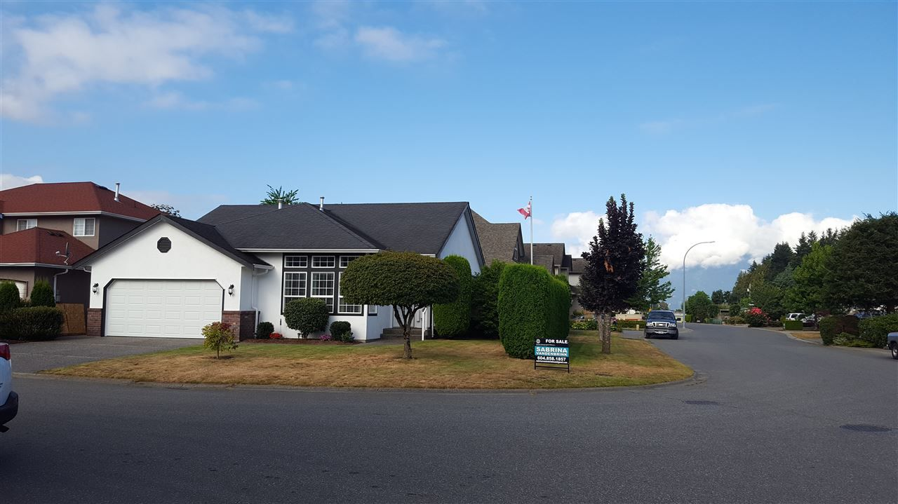 Main Photo: 5715 VILLA ROSA Place in Chilliwack: Vedder S Watson-Promontory House for sale (Sardis)  : MLS®# R2098466
