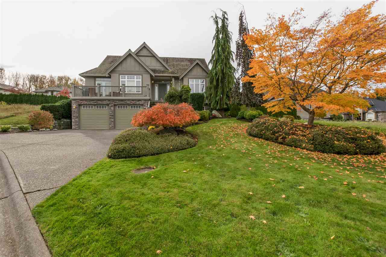 "Main Photo: 34752 HENGESTONE Court in Abbotsford: Abbotsford East House for sale in ""Creekstone on the Park"" : MLS®# R2122378"