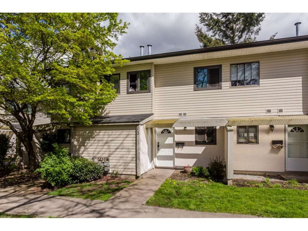 "Main Photo: 13 5271 204 Street in Langley: Langley City Townhouse for sale in ""PORTAGE ESTATES"" : MLS®# R2156369"